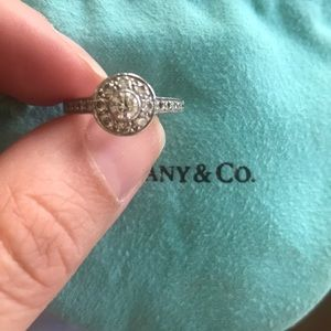 Tiffany Circle Ring